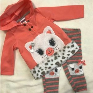 Like new! 2 pc Nannette Kids outfit